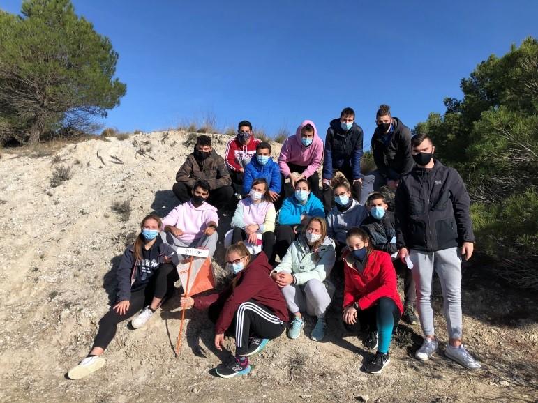 """Alumn@s del ciclo formativo superior de enseñanza y actividades sociodeportivas en el campo permanente """"El Castillo"""" en Magaz de Pisuerga"""